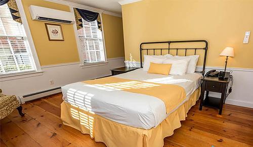 Essex Street Inn Photo