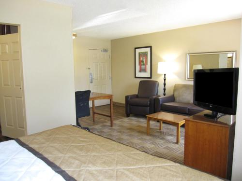 Extended Stay America - Chicago - O'Hare - Allstate Arena Photo