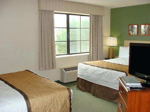 Extended Stay America - Hartford - Farmington - Farmington, CT 06032