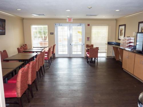 Extended Stay America - Orlando Convention Center 6443 Westwood photo 19