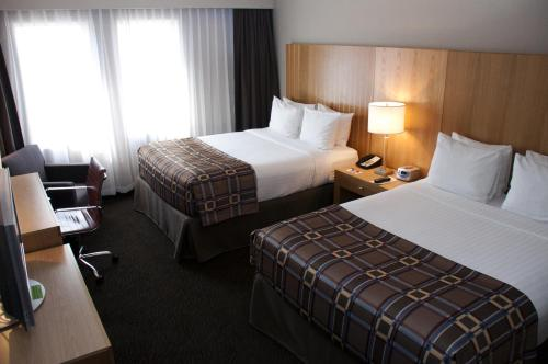 Radisson Hotel Red Deer Photo