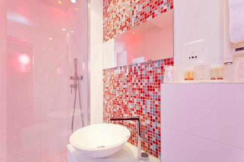 Color Design Hotel photo 7