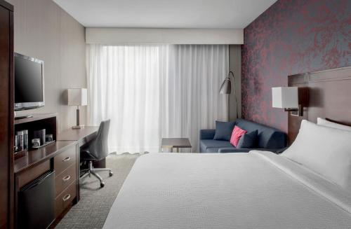 Courtyard by Marriott New York Manhattan / Soho Photo