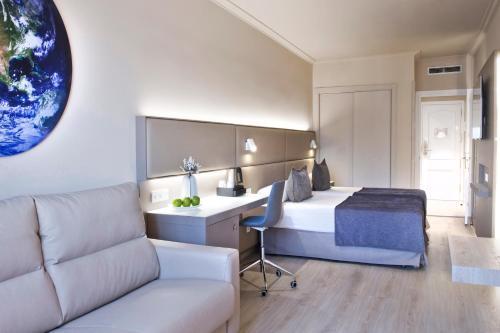 Sallés Hotel Pere IV photo 44