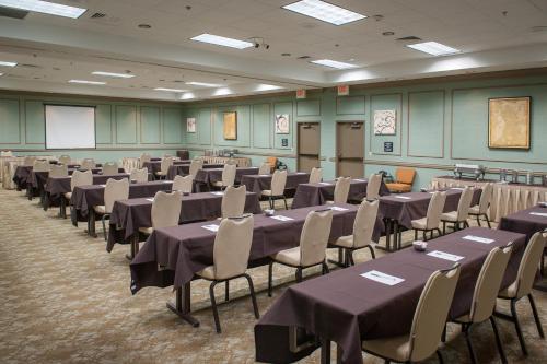 Hampton Inn & Suites New Orleans/Elmwood in Harahan