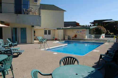 Summerland Motel - Summerland, BC V0H 1Z4