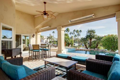 Val Vista Lakes Estate-heated Pool/spa Sleeps 12