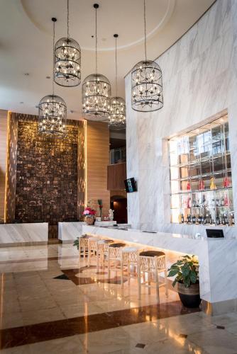 Crown Vista Hotel photo 33
