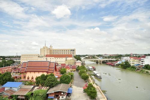 Ayothaya Riverside Hotel photo 3