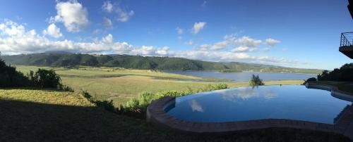 Paradise Lake Photo