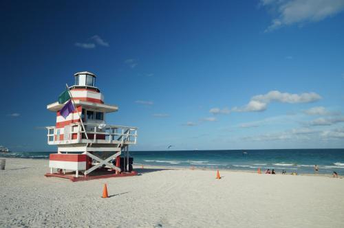 Sunny Isles Vacations Photo