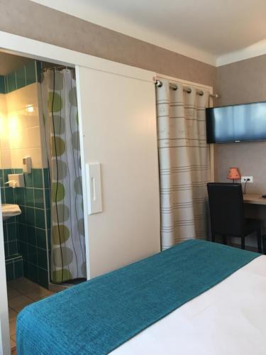 Brit Hotel Des Halles Concarneau France