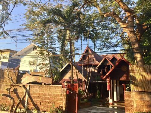 HotelFeng Huang Chiangmai house