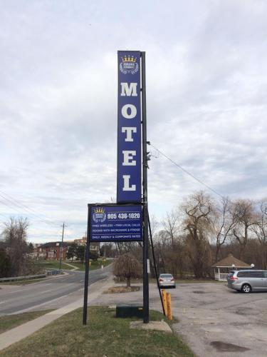Oshawa Kingsway Motel - Oshawa, ON L1H 1G8