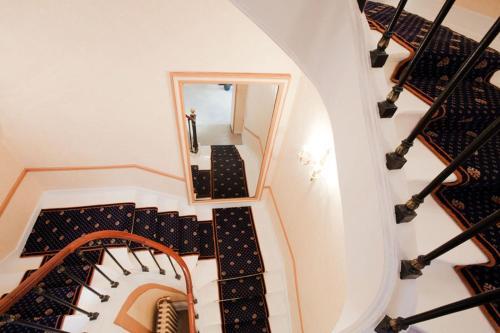 Hotel Du Quai Voltaire photo 11