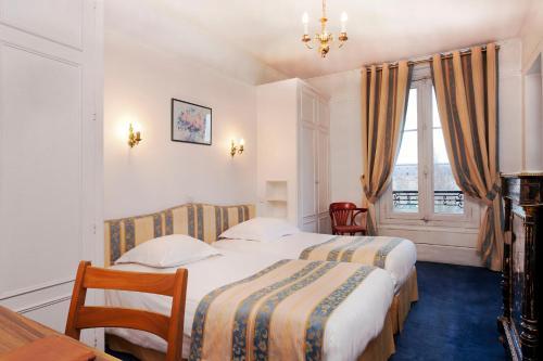 Hotel Du Quai Voltaire photo 12