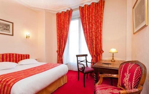 Hotel Du Quai Voltaire photo 14