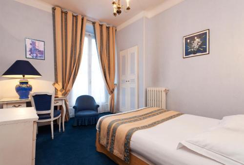 Hotel Du Quai Voltaire photo 15