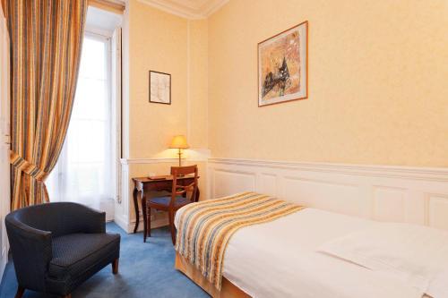 Hotel Du Quai Voltaire photo 18