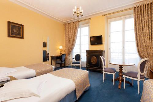 Hotel Du Quai Voltaire photo 20