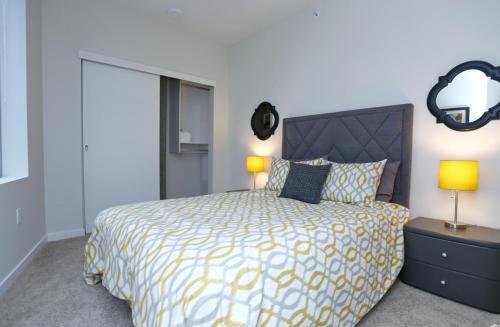 Soma Towers - Bellevue, WA 98004