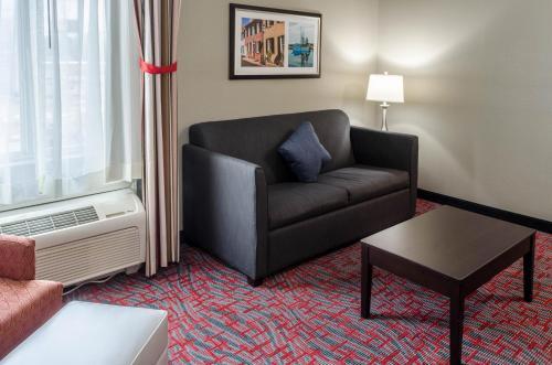 Best Western Plus Airport Inn & Suites - North Charleston Photo