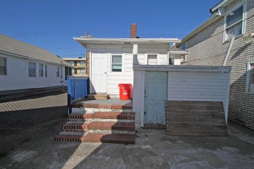 Shore Beach Houses - 43a Lincoln Ave - Seaside Heights, NJ 08751