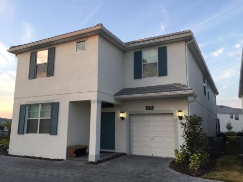Storey Lake - Kissimmee, FL 34746