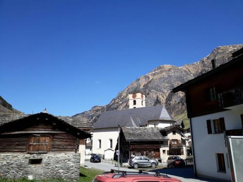 Alp Vallatsch, Graubunden (Grischun)