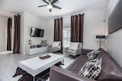 Champions Gate 1592 - Four Bedroom Home - Davenport, FL 33896