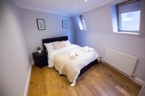2 Bed House Kings Cross, Euston photo 6