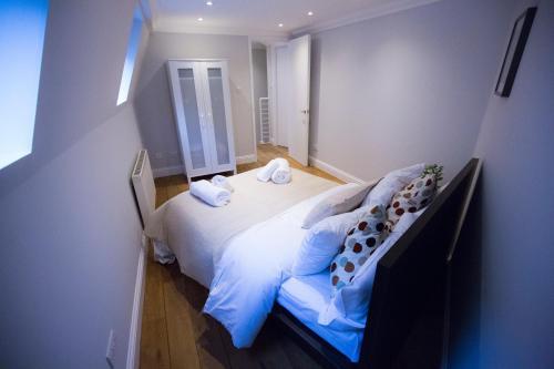 2 Bed House Kings Cross, Euston photo 10