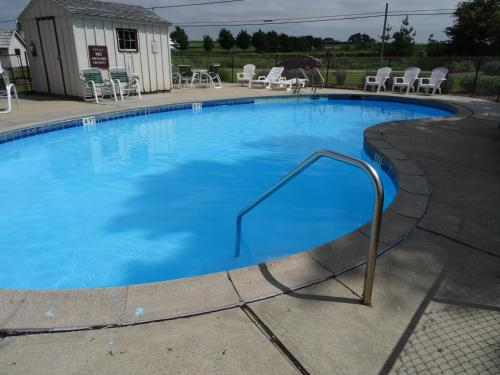Amish Country Motel - Ronks, PA 17505