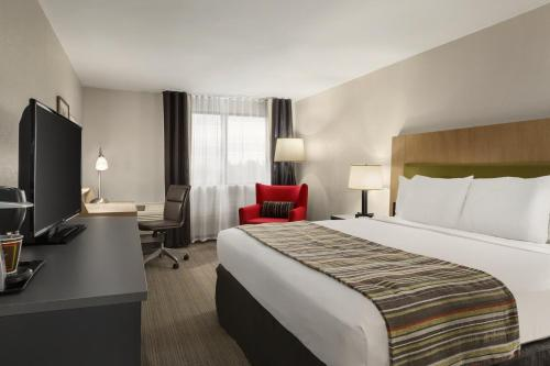 Country Inn & Suites by Radisson, Atlanta Airport South, GA Photo