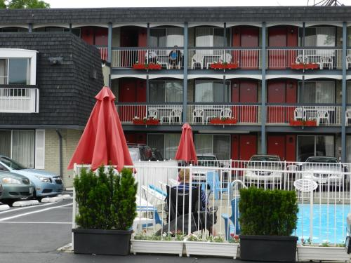 Kings Inn Near The Falls - Niagara Falls, ON L2G 1S3