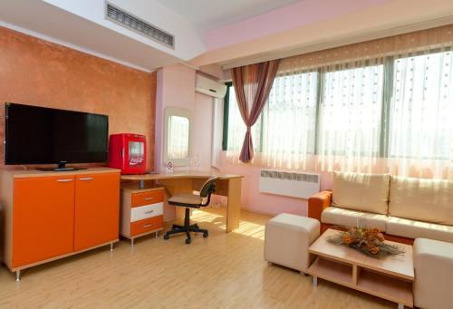 https://q-xx.bstatic.com/images/hotel/max500/965/96534569.jpg