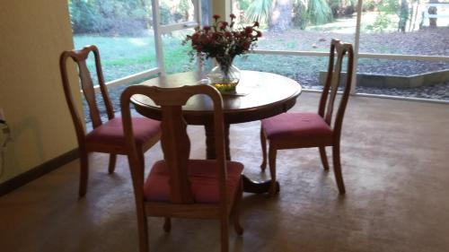 Moss Rose Vacation Home - Crystal River, FL 34429