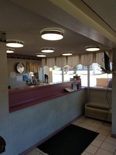 Western Motel - Hattiesburg, MS 39402