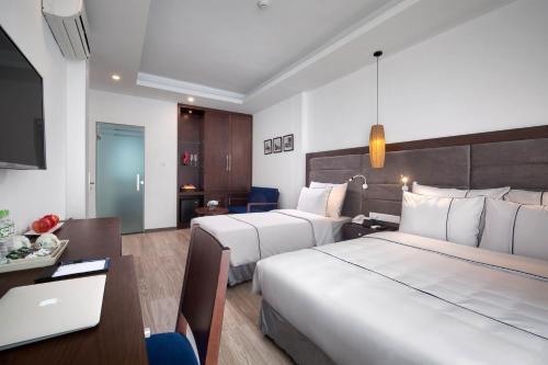 Bonsella Hotel photo 27