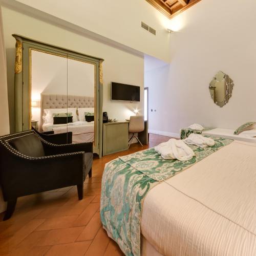 Triple Room Palacio Pinello 15