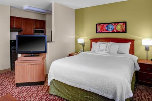 TownePlace Suites Columbus Worthington Photo