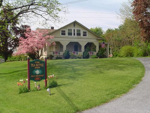 The Tea Kettle Inn - Manheim, PA 17545