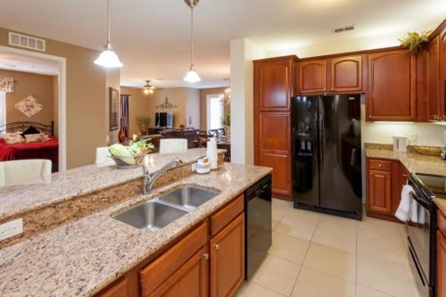 Shoreway Loop | 2001-three Bedroom Apartment - Orlando, FL 32819