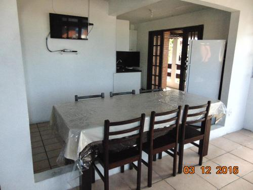 Ingleses Residence Photo