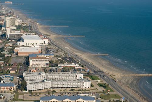 Casa Del Mar Beachfront Suites Hotel Galveston