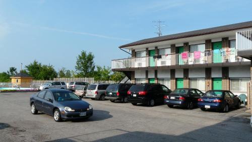 Tropicana Inn - Niagara Falls, ON L2H 1H4