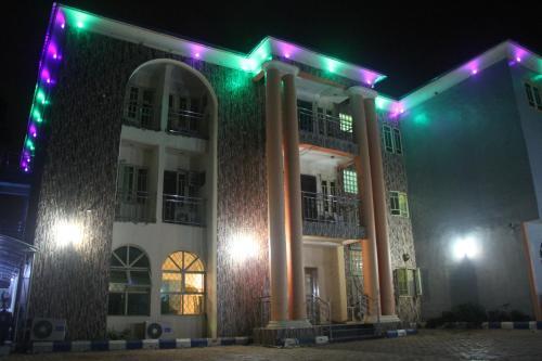 Isi Executive Hotels Photo