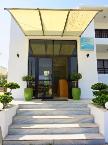 Debby Hotel Apartments