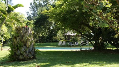 Laughing Waters Guest House Photo