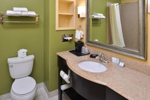 Sleep Inn and Suites Houston photo 17